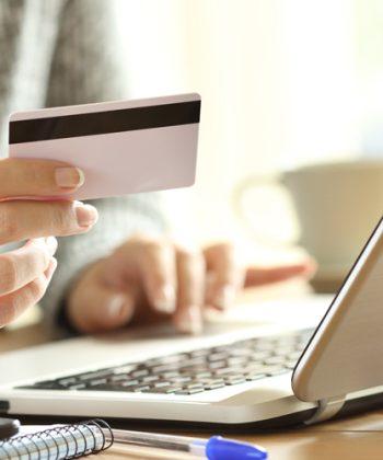 """אשראי צרכני בארה""""ב: המגמות וההזדמנויות בשנת קורונה"""