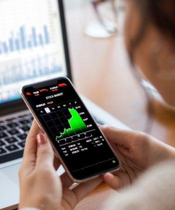 סוף שבוע חיובי בשווקים: עליות שערים במדדים המובילים בעולם